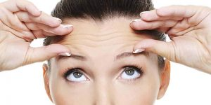 Wrinkle-Forming Habits To Avoid